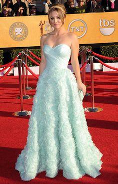 Kaley Cuoco, con un vestido de princesa