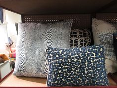 design indulgence: PILLOW LOVE FROM THE MART. Perfect blues!!!