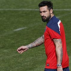 Ezequiel Lavezzi (Argentina) | The 30 Hottest Bearded Men Of The World Cup