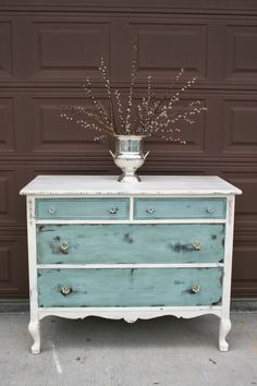 "I added ""Antique Recreation: At Long Last..."" to an #inlinkz linkup!http://antiquerecreation.blogspot.com/2014/06/at-long-last.html"