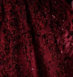 Red kisses❤️ღ Color Borgoña - Burgundy! Marsala, Fortes Fortuna Adiuvat, Burgundy Aesthetic, Aesthetic Colors, Lizzie Hearts, Elie Saab Couture, Burgundy Wine, Deep Burgundy, Red Wine