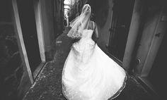 It time to love. Wedding photojournalism | Fotografo di matrimonio  www.elisabettaricciowedding.com