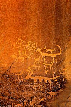 pictographs, petroglyphs and ruins of the southwest Ancient Mysteries, Ancient Artifacts, Native Art, Native American Art, Religions Du Monde, Art Rupestre, Cave Drawings, Art Ancien, Art Premier