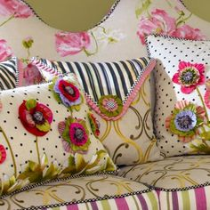 this idea for some of the pinks - fun Funky Furniture, Painted Furniture, Mackenzie Childs Furniture, Mackenzie Childs Inspired, Mckenzie And Childs, Pillow Inspiration, Sewing Pillows, Soft Furnishings, Decorative Pillows
