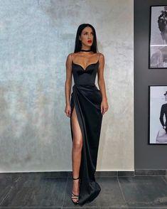 Source by dedejeffson dresses - Elegant Dresses Glam Dresses, Satin Dresses, Dance Dresses, Pretty Dresses, Beautiful Dresses, Fashion Dresses, Formal Dresses, Long Elegant Dresses, Black Ball Dresses