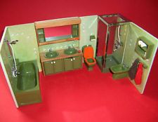 VINTAGE 1970's LUNDBY DOLLS HOUSE COMPLETE LIGHT UP AVOCADO BATHROOM SUITE