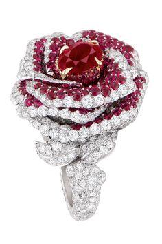 DIOR: Rose Dior Bagatelle Ring