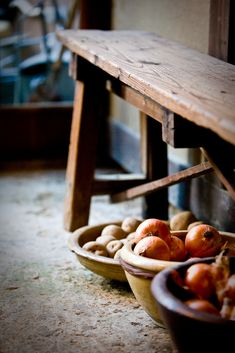 wooden bench, wooden bowls
