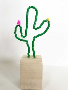 Crafting with iron on beads: Make your own cactus flower pot or flamingo - Crafts with iron on beads: Make your own cactus flower pot day - Cactus Flower, Flower Pots, Diy Crafts For Kids, Arts And Crafts, Flamingo Craft, Cactus Craft, Iron Beads, Le Far West, How To Make Beads