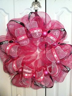 I will figure out how to make a wreath like this!!!!