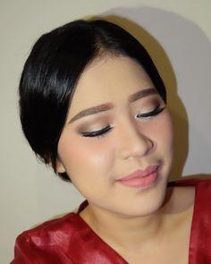 Kak Thia������❤️hairdo by @phujirahma , sorry for bad lighthing.. . . #makeup #mua #muabogor #makeupartist #softmakeup #flawless #flawlessmakeup #cantik #indonesia #beauty #graduation #makeupgraduation #cantik #wisuda #makeupwisuda #makeuphijab #hijabers #muadepok #muabogor #muajakarta #hairdo #hijab #bridesmaid #bridesmaids #partymakeup #party #nightmakeup #nightparty http://gelinshop.com/ipost/1524466539268862149/?code=BUn_j2RFvDF