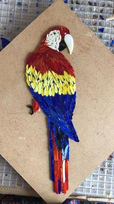 Macaw mosaic by justine Mosaic Animals, Mosaic Birds, Mosaic Artwork, Mosaic Wall Art, Mosaic Crafts, Mosaic Projects, Mosaic Designs, Mosaic Patterns, Fused Glass Art