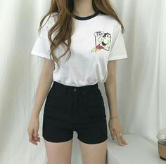 Slimming Fashion Tips .Slimming Fashion Tips Korean Girl Fashion, Korean Fashion Trends, Ulzzang Fashion, Korea Fashion, Look Fashion, Fashion Tips, Korean Casual Outfits, Cute Casual Outfits, Short Outfits