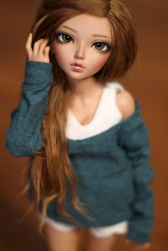"Age ""Twin"" is Michelle. Very spontaneous and outgoing. Beautiful Barbie Dolls, Pretty Dolls, Cute Dolls, Dolly Fashion, Fashion Dolls, Ooak Dolls, Blythe Dolls, Silicone Dolls, Realistic Dolls"