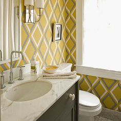Easy cleaning tips: The guest bathroom – why you shouldn't neglect it http://www.quick-cleaning.blogspot.co.uk/2014/10/the-guest-bathroom-why-you-shouldnt.html