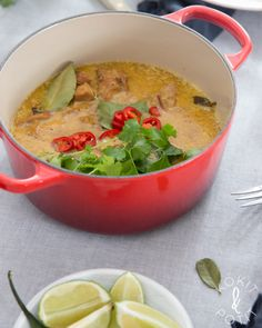 Cheeseburger Chowder, Guacamole, Thai Red Curry, Good Food, Food And Drink, Soup, Cooking Recipes, Asian, Dinner