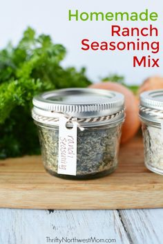 Make your own homemade ranch seasoning mix to keep on hand for recipes as a frugal & non-processed alternative to packets from the store. via @thriftynwmom