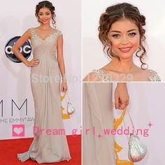 2014 Sarah Hyland Emmy Awards Red Carpet Cap Sleeves V-neck Lace Appliques Silver Evening Gown Celebrity Dresses New Fashion