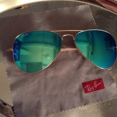 415e1c2ab4d1f Ray ban flash mirror aviators lense 58mm Green blue flash lense Ray ban  aviators Ray-