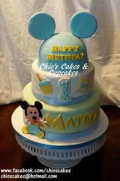 FIRST BIRTHDAY BABY MICKEY MOUSE CAKE Follow me on www.facebook.com/chioscakes