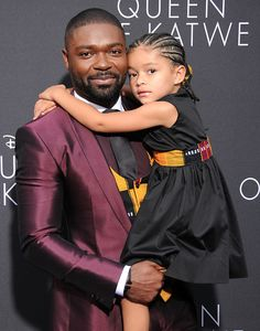 movie-premiere-david-oyelowo-and-family-in-custom-kutula-by-africana-for-queen-of-katwe-movie-premiere-4