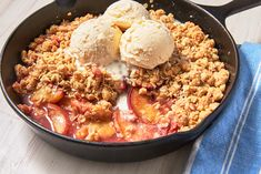 Peach Crisp Has A Topping Worth Fighting OverDelish Pie Dessert, Cookie Desserts, Easy Desserts, Dessert Recipes, Jojo Recipe, Easy Peach Crisp, Peach Cobblers, Stick Of Butter, No Bake Cake