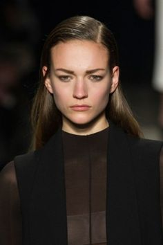 Main Hair Trends For Fall 2015 | Wet side parted hairstyles