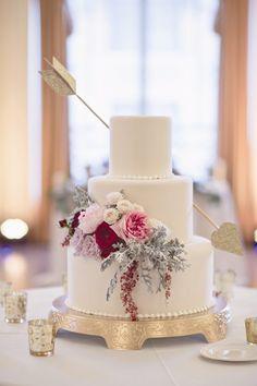 Boho Pins: Top 10 Pins of the Week - Valentine's Wedding Ideas
