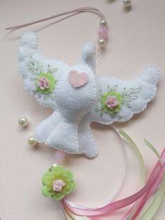 Baby Crafts, Felt Crafts, Diy And Crafts, Boy Baptism Centerpieces, Baby Store, Hama Beads, Mary Kay, Dinosaur Stuffed Animal, Homemade