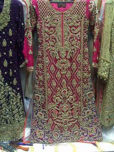 Pakistani Fancy Dresses, Pakistani Wedding Outfits, Indian Bridal Outfits, Pakistani Wedding Dresses, Pakistani Dress Design, Red Lehenga, Lehenga Choli, Blue Saree, Shadi Dresses