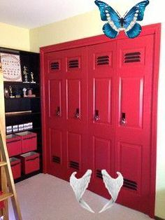 make closet doors look like lockers. so cute for a boys sports themed room! #basketball #basketball #bedroom<br> Basketball Bedroom, Street Style 2018, Closet Doors, Room Themes, Neymar, Lockers, Locker Storage, Boys, Sports