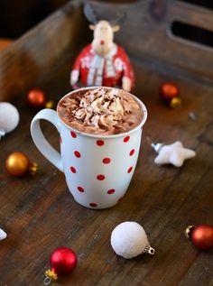 chocolat chaud crème de Chocolat chaud épicé selon votre goût ( écorce de ma darne, rhum, whisky ou épices de Noël )💜💜