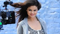 Selena Gomez Latest Pics Find best latest Selena Gomez Latest Pics for your PC desktop background & mobile phones.