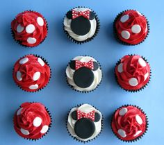 These adorable Minnie mouse cupcakes are perfect for any party or any other occasion. If you have a lack of ideas, here are some very beautiful images of Minnie mouse cupcakes, that were made by various people. Minnie Mouse Party, Mickey Party, Mickey Mouse Birthday, Mouse Parties, 2nd Birthday, Birthday Cupcakes, Birthday Ideas, Minnie Cupcakes, Yummy Cupcakes