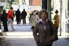 La esperanza de vida de los españoles se frena por primera vez en la historia. http://www.farmaciafrancesa.com/home.asp