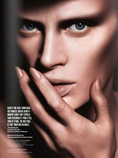Fierce, stunning contouring, courtesy of the magnificent Pat McGrath