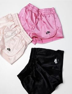 Nike's New Air Satin Shorts Are Made for Cozy Girls: Tracksuit-inspired. Teenage Outfits, Lazy Outfits, Teen Fashion Outfits, Sporty Outfits, Athletic Outfits, Summer Outfits, Summer Shorts, Nike Shorts Outfit, Nike Outfits