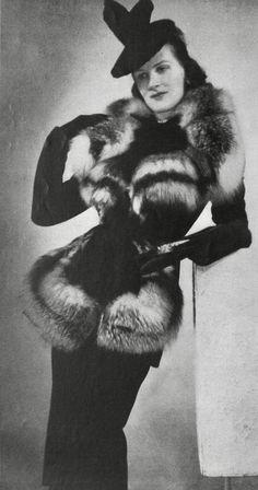 1938 1930s Fashion, Vintage Fashion, Vintage Fur, Historical Clothing, Fur Trim, Vintage Dresses, Antiques, Clothes, Fabrics