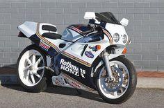 Honda VFR750R RC30 Rothmans