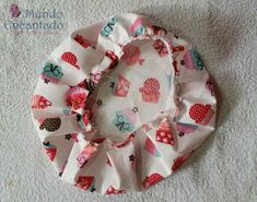 Mundo Encantado da Miih: PAP - Touca Cozinheiro Hat Patterns To Sew, Quilt Patterns, Sewing Patterns, Nurse Hat, Funky Design, Scrub Hats, Sewing Projects For Beginners, Diy Crafts To Sell, Head Wraps