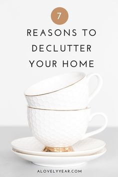 The benefits of decluttering go far beyond a tidy home. Find out how decluttering can have a positive effect on your wellbeing Bed With Underbed, The Knack, Getting Rid Of Clutter, Declutter Your Life, Coffee Table With Storage, Feeling Overwhelmed, Stress And Anxiety, Simple Living, Spring Cleaning