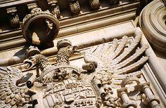 L'Aquila. Lo stemma di Carlo V sul castello spagnolo.  #TuscanyAgriturismoGiratola