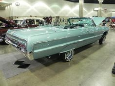 Is any one planning on driving there lowriders. Chevrolet Chevelle, Chevrolet Impala, Classic Trucks, Classic Cars, Lo Rider, One Drive, Old School Cars, Car Wheels, Hot Cars
