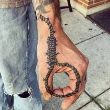 Cool hand tattoos for men - unique artwork by very talented tattoo artists from all over the world. Biker Tattoos, Black Tattoos, Body Art Tattoos, Tattoo Drawings, Small Tattoos, Sleeve Tattoos, Tatoos, Hand Tattoos For Guys, Rope Tattoo