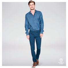 Estilo. Elegância. Sofisticação. Jeans é atemporal e não sai de moda. Pode investir, não tem erro ;) #Dudalina #DudalinaMasculina #RadicalChic