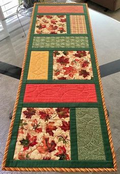 Quilted Table Runners Christmas, Patchwork Table Runner, Table Runner And Placemats, Fall Table Runner, Quilted Table Runner Patterns, Quilt Table Runners, Christmas Patchwork, Halloween Table Runners, Christmas Quilting