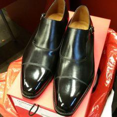 http://chicerman.com jfitzpatrickfootwear: Shine time!! #jfitzpatrick #jfitzpatrickshoes #jfitzpatrickfootwear #dressshoes #mensshoes #mensstyle #menswear #singlemonkstraps #monkstraps #mensfashion #mensfootwear #shoes #scarpe #zapatos #chaussures #estilo #stile #fashion #style #styleformen #shoeporn #shoestagram #shoestyle #theshoesnob #theshoesnob84 #menshoes
