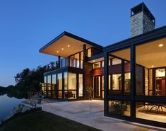 Peaceful Rock River House Neighboring a Forest Reserve in Illinois, USA