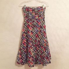 JCrew strapless madras dress Purchased from another Posher but too small for me.  Dress is in EUC with no rips or discoloration.  I'm also selling this exact style of dress a size smaller with a small rip in the fabric along a seam (priced accordingly!). All reasonable offers considered and 20% off all bundles.  Please no trades or PP.  Thanks for looking! J. Crew Dresses Midi