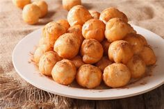 Loukoumades is one of these Greek traditional dishes that we are all in love with. For most of us it is part of our culture and family menus. Good Food, Yummy Food, Romanian Food, Classic Desserts, Creme Caramel, Greek Recipes, Pretzel Bites, Cooking Recipes, Fun Recipes